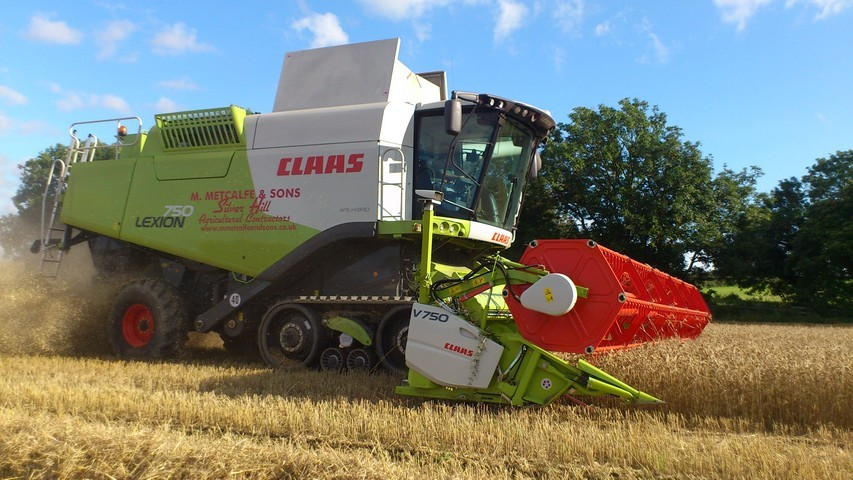 Combining all cereals with 3 Class terra-trac combines