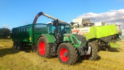 Grain leading using high speed 16 ton Bailey trailers with large flotation tyres and on board weighs